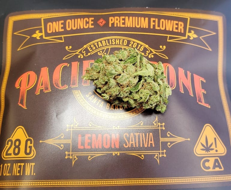 Golden Essentials Delivery - Salinas Lemon 1oz $100 19% thc