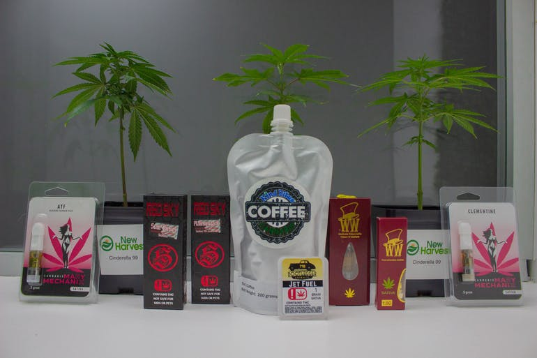 Midwest Cures Sativa Sunday - 20% Off