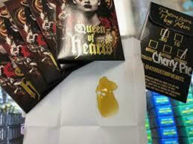 Tree House 2G QOH SHATTER GET 3RD 1/2 OFF